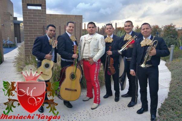 mariachis-grupo